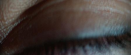 الصرافات الآلية قادرة على تحديد الناس بناءً على الصوت، العينين، والمظهر البدني