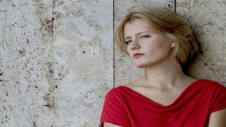 روسية تفوز بجائزة مميزة في مهرجان البندقية السينمائي