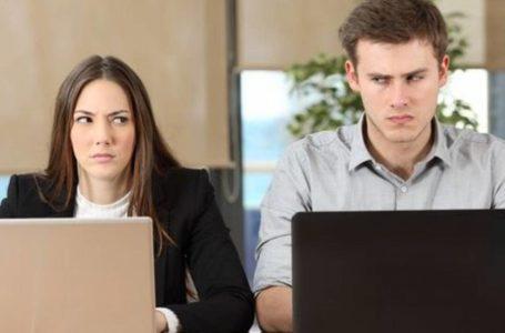 المنافسة بين الزملاء في العمل محبذة… لكن ماذا لو تخطّت الحدود؟